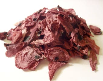 Poppy flower petals dried red making natural candles