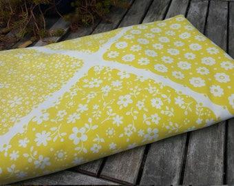 3 piece KING sheet set // retro boho yellow flowers mid century // flat sheet + 2 king pillowcases // Wamsutta Ultracale muslin made in USA