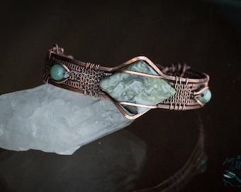 Jade Bracelet / wire wrap bracelet / green stone bracelet / copper bracelet / wire wrapped jewelry / boho bracelet / earthy jewelry /