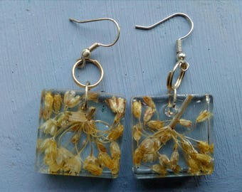 Resin Flowers earrings witch, garlic flower Witches Earrings