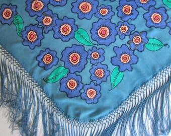 Hand painted natural silk Mantoncillo.