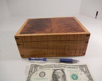 Wooden box, wood box, keepsake box