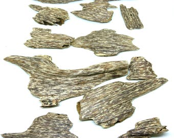 VietNam Wild Ant Agarwood chips Class AD Rank S+ -200 grams- Oud - Resin- عود -