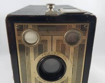 Kodak Six-20 Brownie Junior Camera