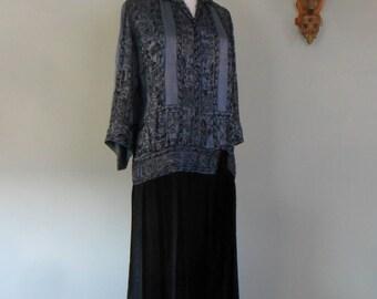 Beautiful and Rare Size 1920s Beaded Drop Waist Silk Dress