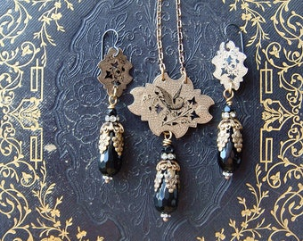 Antique Victorian Taille d' epargne  Assemblage Pendant Necklace and Earrings Bird and Ivy Classic Symbolism Sweetheart Memento Mori epergne