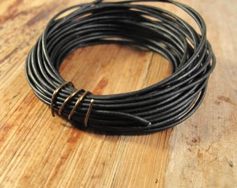 Ultra Soft Black Leather, Natural Black Round Leather, 1.0mm, 15 Feet, Cord for Wrap Bracelets and Jewelry Making, Jewelry Supplies