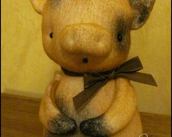 Whimsical Pig doll tan Farmhouse summer primitive decor cottage shabby Quirky animal farm kitchen creepy cute country decor HaFair Faap