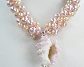 Handmade Beaded Kumihimo Necklace with Glass Lampwork Conk Shell and Earrings