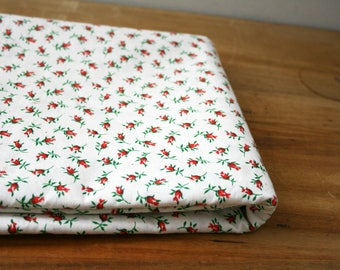vintage 50s Tiny Red Rosebud Floral Calico Cotton Quilting Fabric 35W 3 Yards