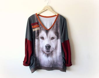 Husky Dog Shirt Upcycled Sweater Loose Tunic Women V-Neck Shirt Eco Friendly Clothes Faux Layer Grunge Top Oversize Sweatshirt M L 'VIVIAN