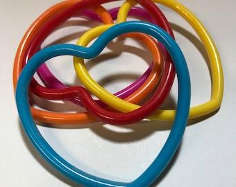 Set of 5 vintage 80s colorful heart bangle bracelets