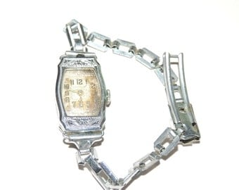 Old SAVOY Ladies Watch Working Condition