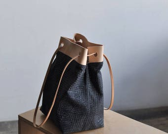 BUCKET BAG - veld