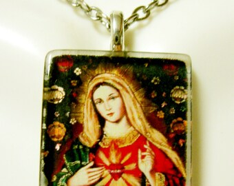 Immaculate heart of Mary pendant with chain - GP02-118