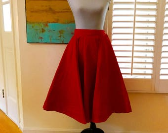 50s Quilted Circle Swing Skirt Banded Waist Metal Zipper Oversized Half Moon Pockets Lipstick Red Midcentury Mad Man Mode WOW