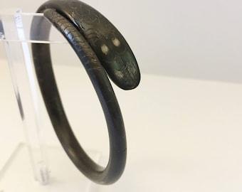 Victorian Horn Snake Bracelet, Antique Jewelry, Antique Carved Horn Bracelet, Black Horn Cuff, Inlaid 1800s Bracelet, Black Snake Jewelry