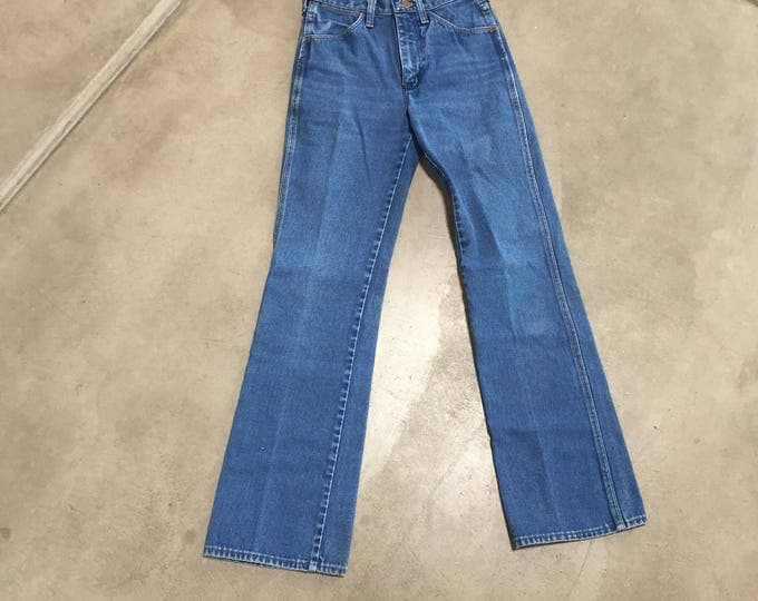 "Classic Wranglers | 26"" waist high waist 80s vintage womens denim jeans cut off straight boot cut leg small S medium M 5 6 7"