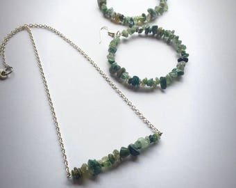 Emerald Chipped Gemstone Necklace & Earring Set