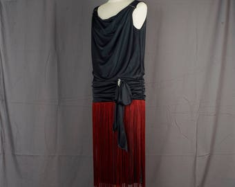 Fringed Flapper Dress Black 40 bust Red Drop Waist 70s does 20s Vintage Gatsby Sleeveless Costume