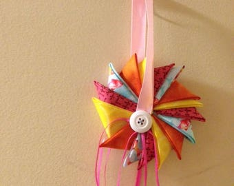 Fish Pinwheel Ornament With Streamers