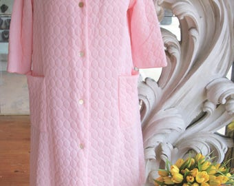 Vintage 1970s Pink Polyester Robe NOS New Old Stock 42 Bust