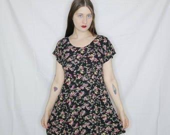 Qt 90s floral rayon mini dress size small