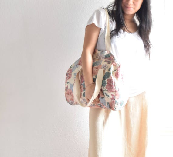 vintage pretty pink flower duffle bag / weekender / grunge hippy style bag / traveling carrying case
