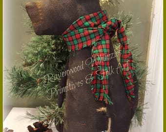 Primitive Christmas, prim christmas, old fashioned christmas, primitive dog, dickens, christmas wreath, prim dog, prim christmas dog