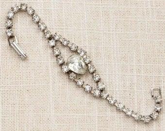 Vintage Bracelet Silver Rhinestone Pear Shape Gem Chain Costume Jewelry 7J