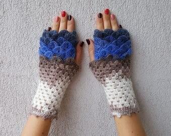 Fingerless gloves Arm warmers Handmade wrist warmers Womens gloves Winter gloves Texting gloves dragon scale mittens fingerless gloves