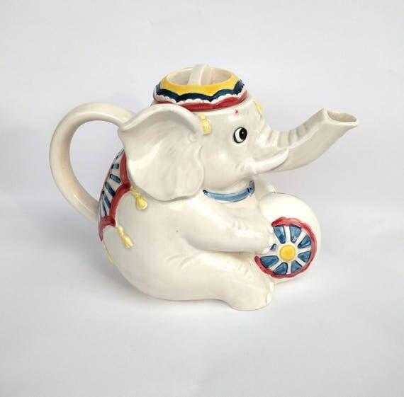 Vintage 1970's Mary Ann Baker Otagiri Circus Elephant Tea Pot