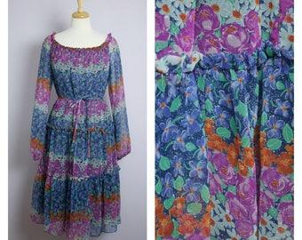 Vintage 1970's Long Sleeve Floral Peasant Gypsy Dress M/L