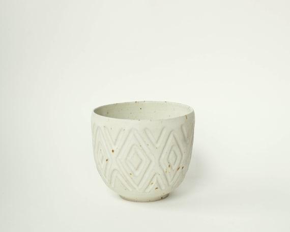 "speckled ceramic cup / tumbler / mug with soft matte glaze / diamond pattern // ""GROOVE"""