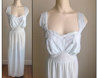 "Vintage 1950s Women's Faerie Nightie Nightgown Light Blue 42"" Bust 14 16"
