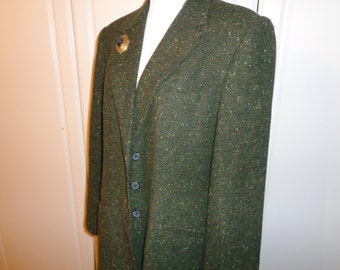 Vintage Green and Black Herringbone Pattern Wool Woman's Blazer, Size 12/14, Fully Lined in Dark Green  Polyester in Near Mint Condition