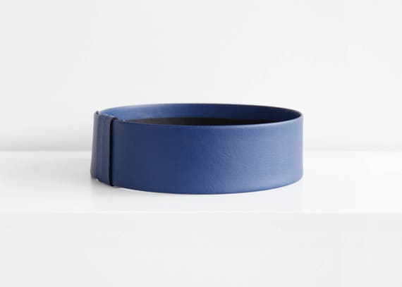 Navy blue waist belt- modern and minimalist dark blue leather look women's fashion waist belt