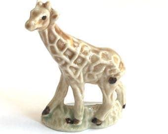 Wade Whimsie: Whimsie-Land Giraffe Figurine 1984 - Wade Figurines - Wade Whimsies - Wade Giraffe - Whimsie Giraffe - Whimsie Land - Wades