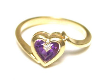 Vintage Heart Ring - 14k Yellow Gold Amethyst and Diamond Heart Ring - Size 6.5 - Weight 2.3 Grams - Sweetheart - February Birthstone # 1132