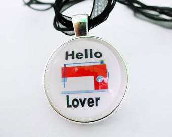 Gifts for Sewers,Gifts for Quilters,Sewing Pendant,Small Sewing Gifts, Sewing Machine Necklace,Gift for seamstress,Dressmaker Gift,Charm