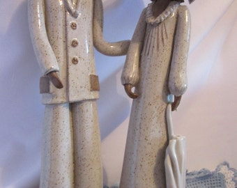 Loving couple in mid century stoneware / Vintage loving Couple of stoneware Pottery / postal code or zip code for shipping