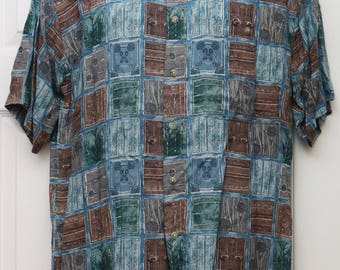 """90's Vintage """"PIERRE CARDIN"""" Short-Sleeve Abstract Patterened Shirt Sz: SMALL (Men's Exclusive)"""