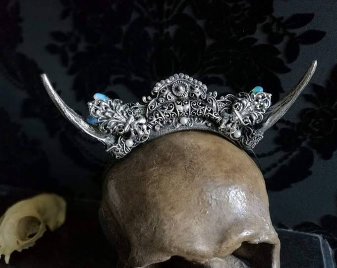 Silver Horned Mini Crown