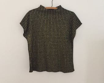 Gold and Black Short-Sleeved Sweater - 1980s