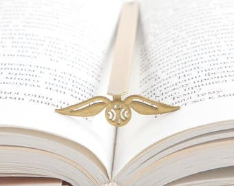Golden Snitch  // Harry Potter// Book Bookmark // Unique present for Harry Potter fan// Gift for booklover // Free shipping //