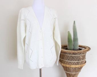 Diane Von Furstenberg Cardigan Beige Pearl Button Sweater Medium Small Argyle Preppy 90's
