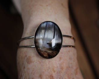 Art Bracelet, silver colored bangle with 30x40mm glass cabochon