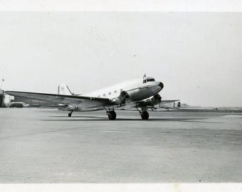 Vintage 1939 Classic McDonnell Douglas DC-3 Airplane Original Black & White photo ~ B42