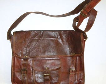 "Vintage Oiled Leather Briefcase Messenger Bag / attaché / Rustic Rugged /  14.5"" x 12"" x 4"""