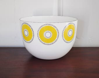 Finel Arabia Kehäkukka Marigold Yellow Flower Enamel Bowl, Esteri Tomula Finland Sunflower Pinwheel Daisy 8 Inch Scandinavian Enamelware